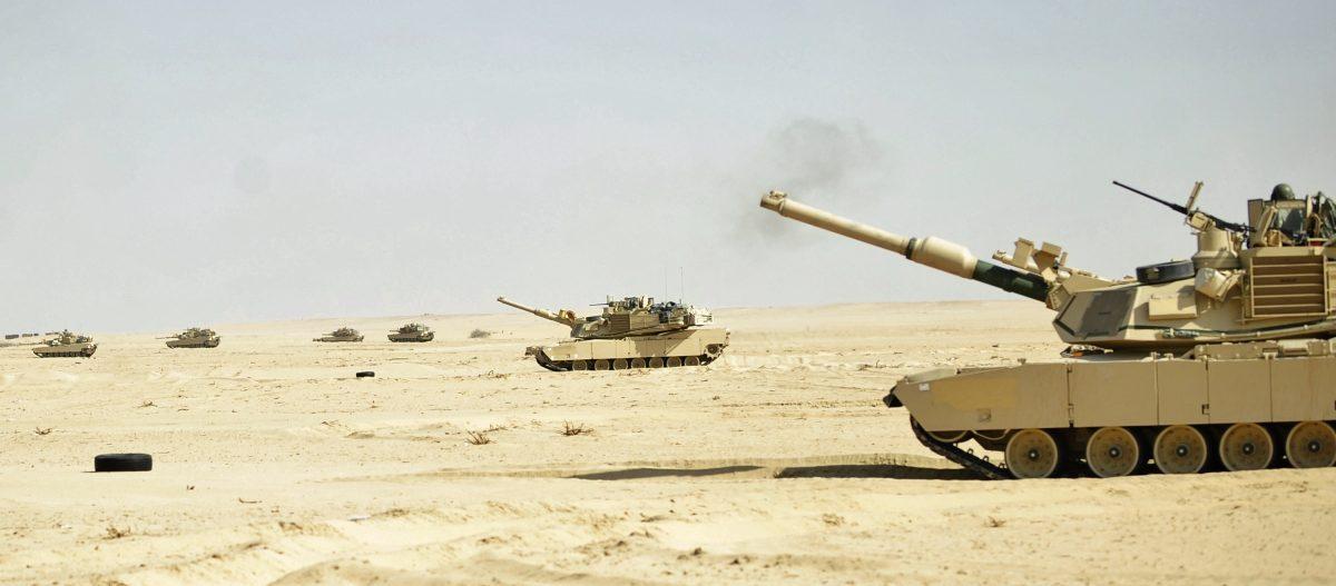 Tank maneuvers photo by US Army